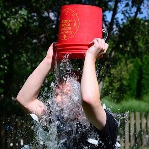 ice-bucket-challenge-ALS